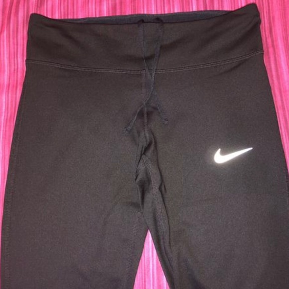 Nike Other - NIKE Capri tights